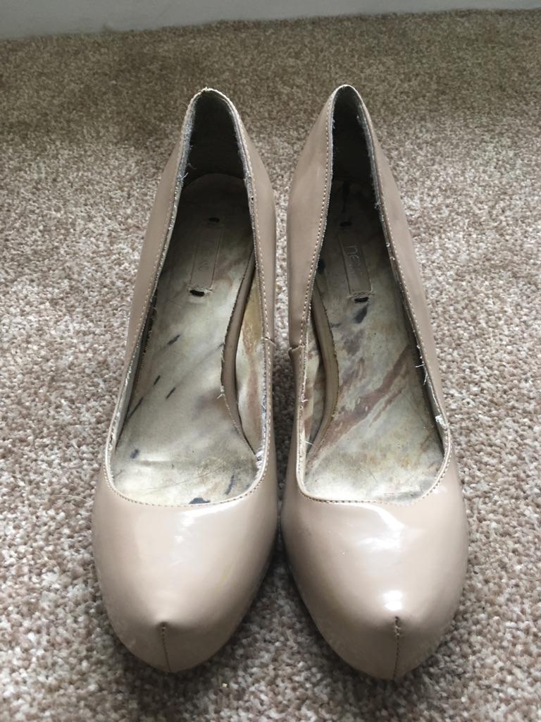 Slim size 6 heels