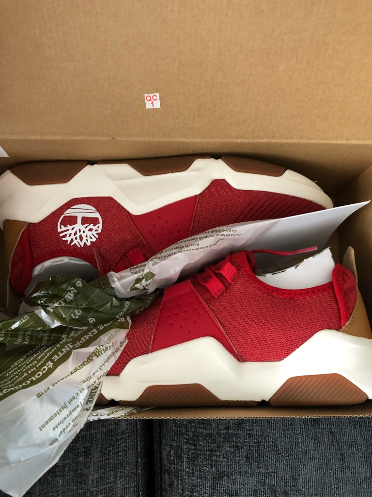 Men's size 9 timberline trainers brands new red