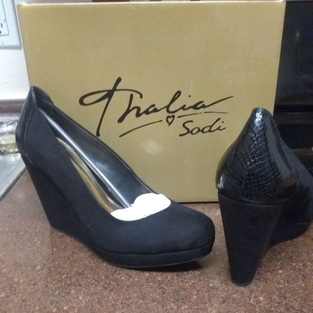 Thalia sodi shoes size 9 new