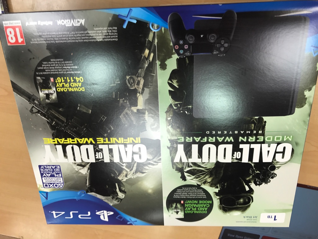 Sony PlayStation 4 PS4 COD + Modernwarfare BRAND NEW SEALED