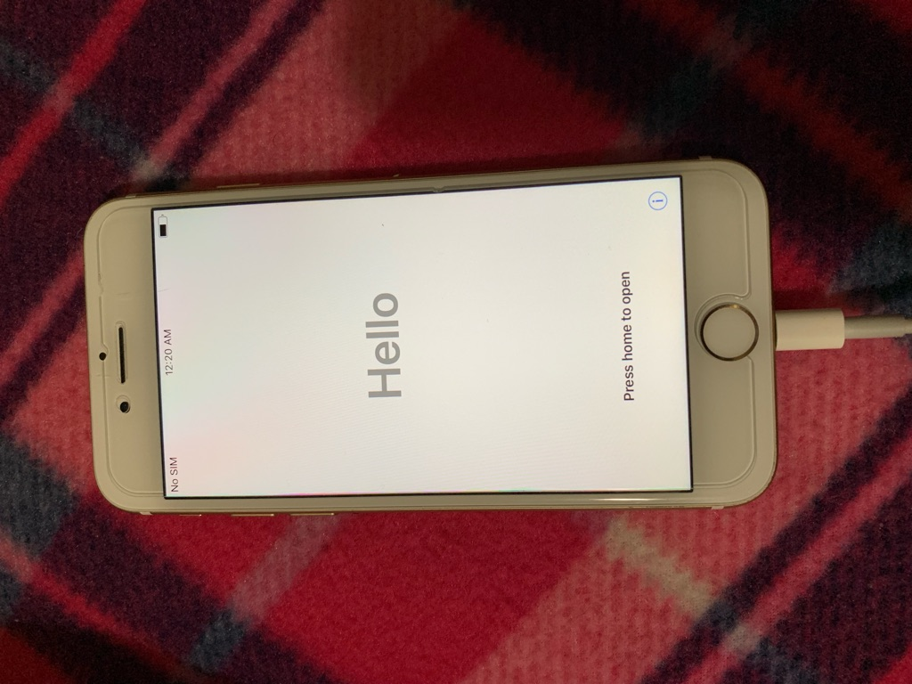 Unlocked iPhone 7 ( PICK UP ONLY)