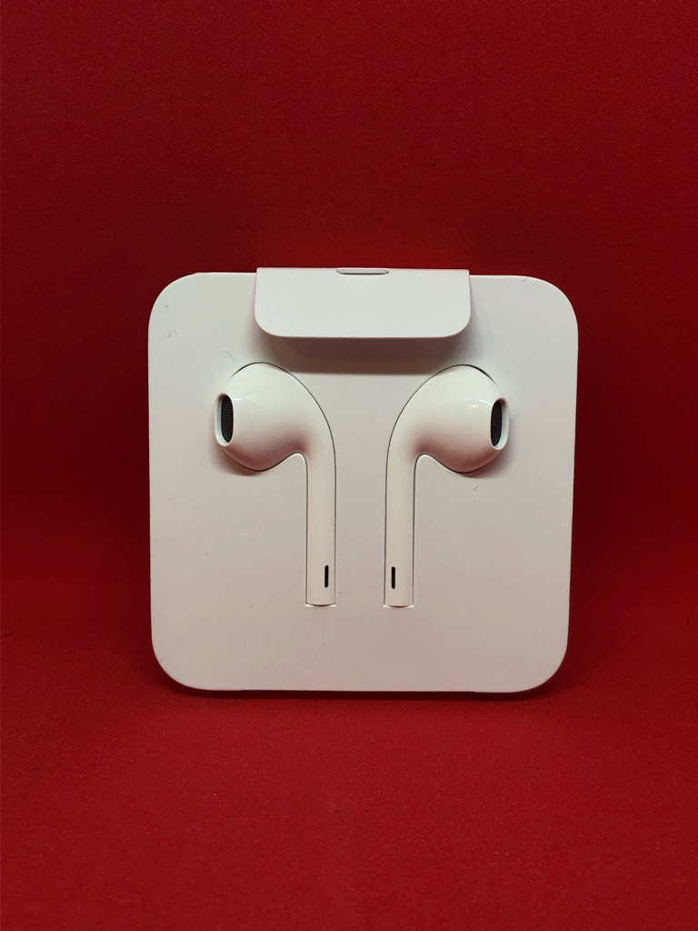 Apple ear pods with dongle