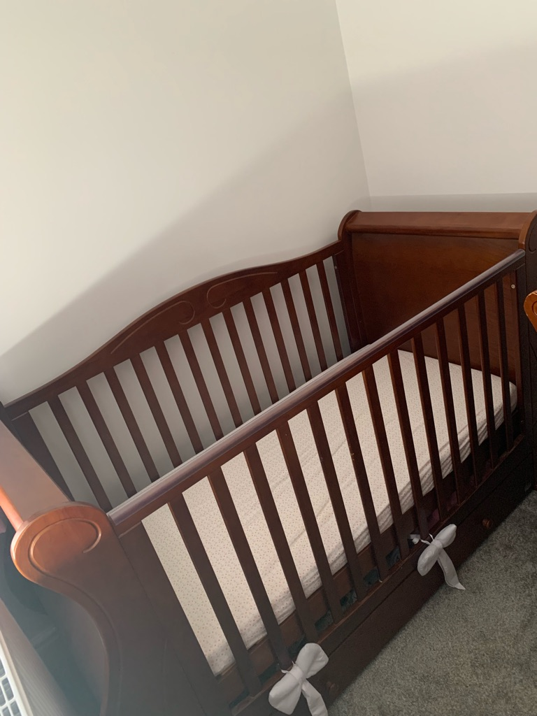 Tutti bambini 5 set walnut nursery furniture