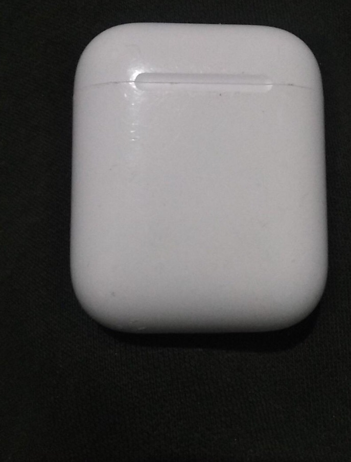 AirPods wireless charge