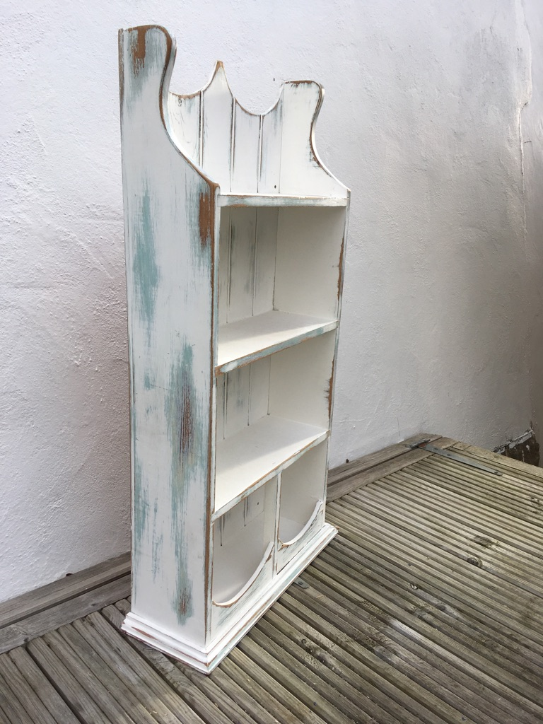 Small hanging cabinet/ bookcase