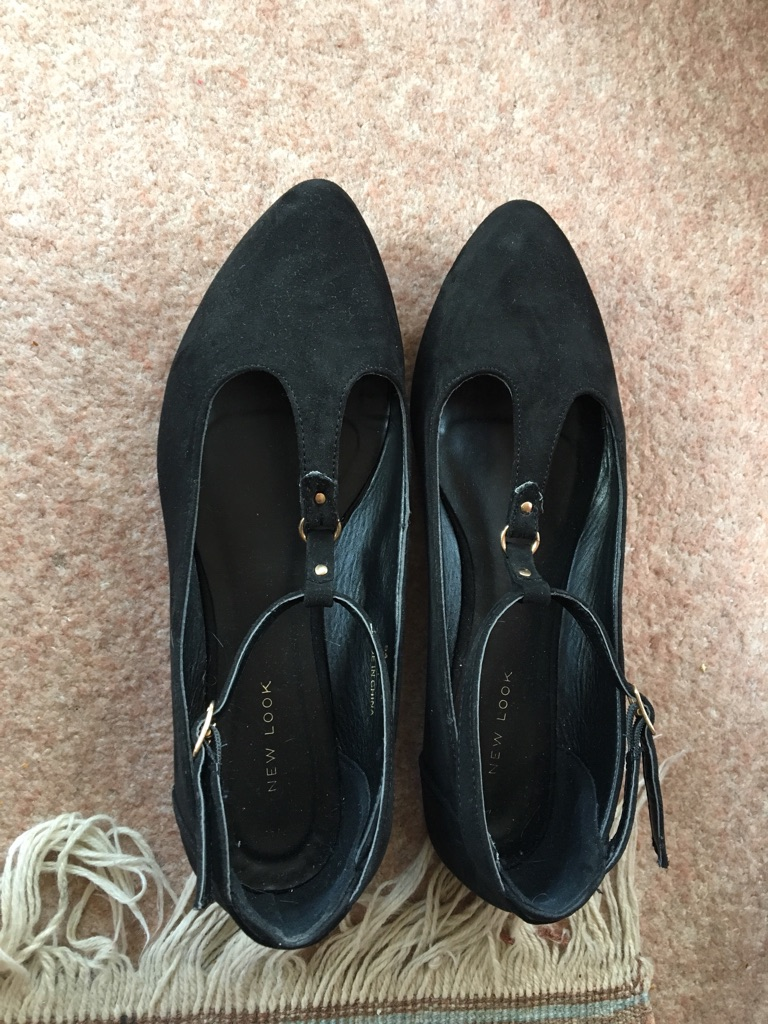 Size 6 black pumps from new look