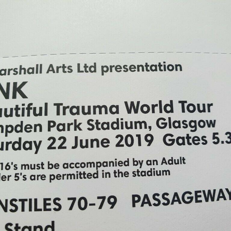 1x pink ticket