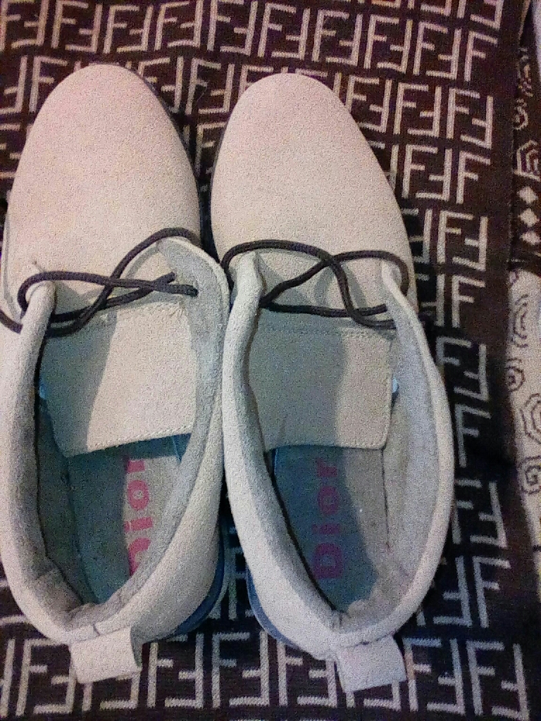 Mens genuine Dior shoes size 8