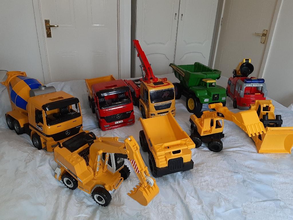 Bundle of large kids toy vehicles