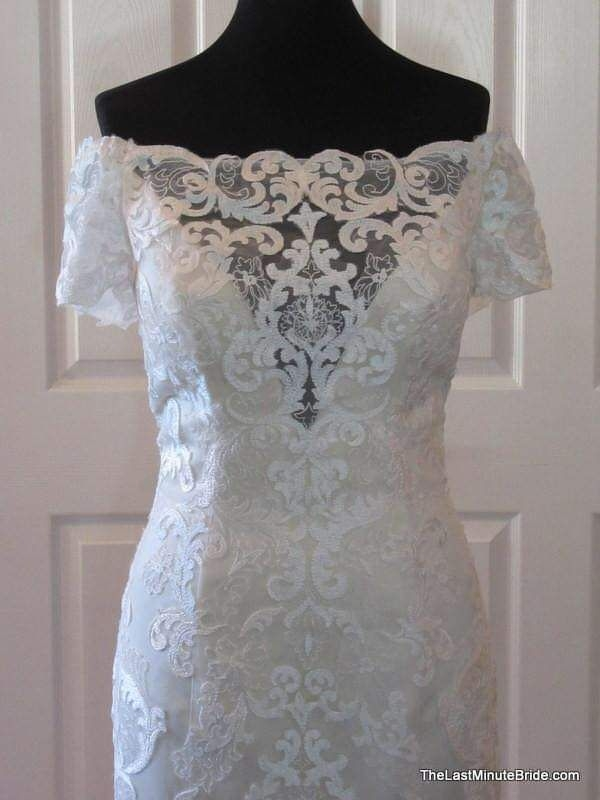Beautiful wedding dress from Last minute bride