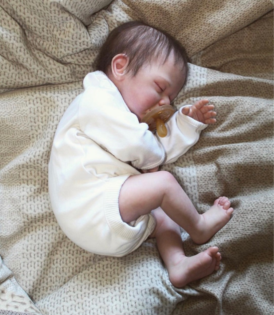 HIGH QUALITY REBORN BABY DOLL
