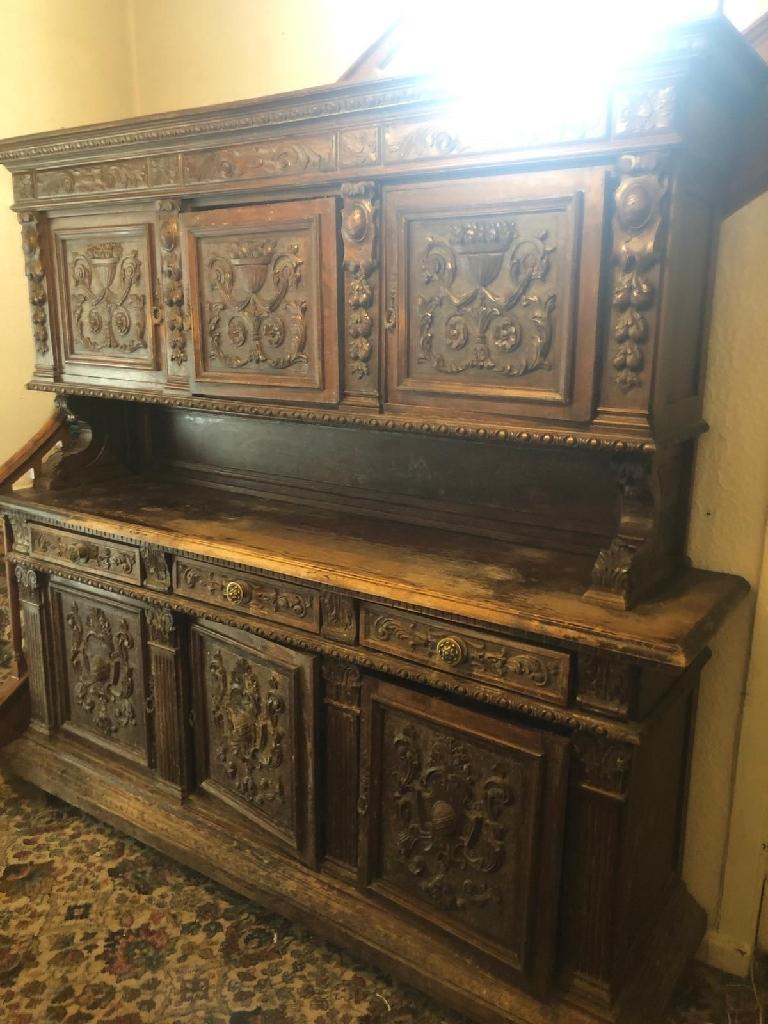 German dresser