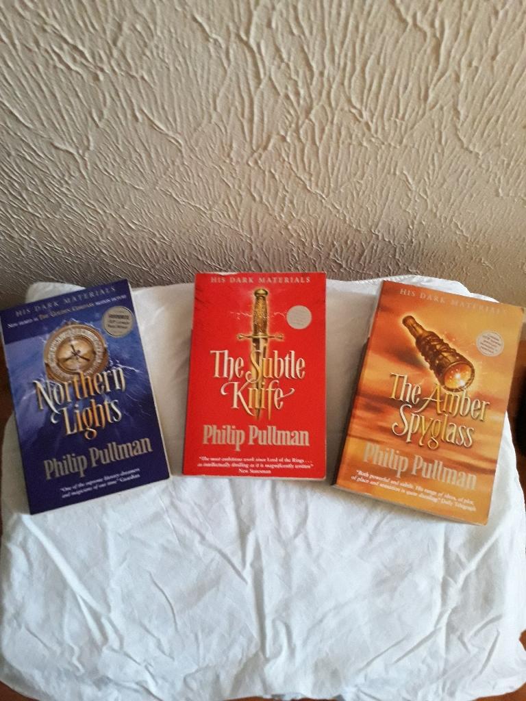 3 Phillip Pullman books