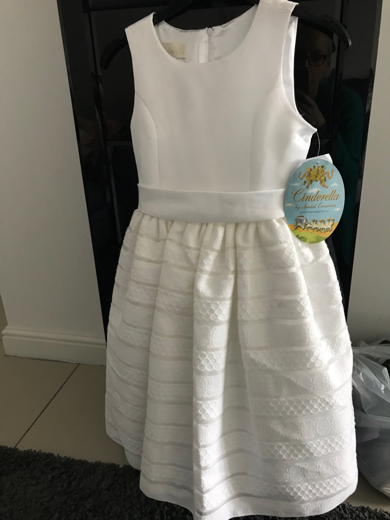 Bridesmaid/party dress new with rags are 10