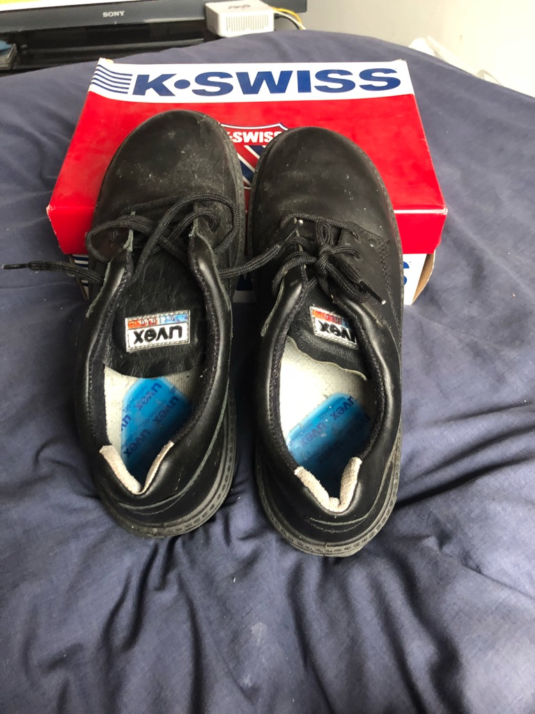 Work shoes brand new