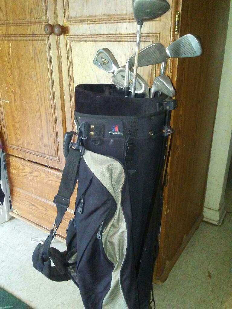Stand up golf club bag with clubs&accessories