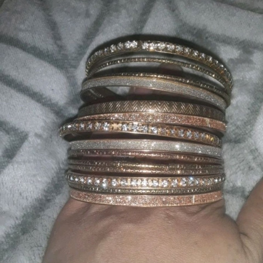 Set of bangal bracelets