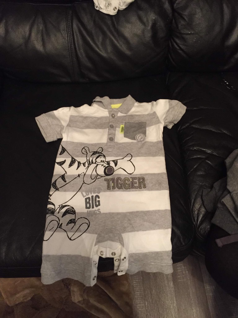 Baby boys outfits 6-9 months