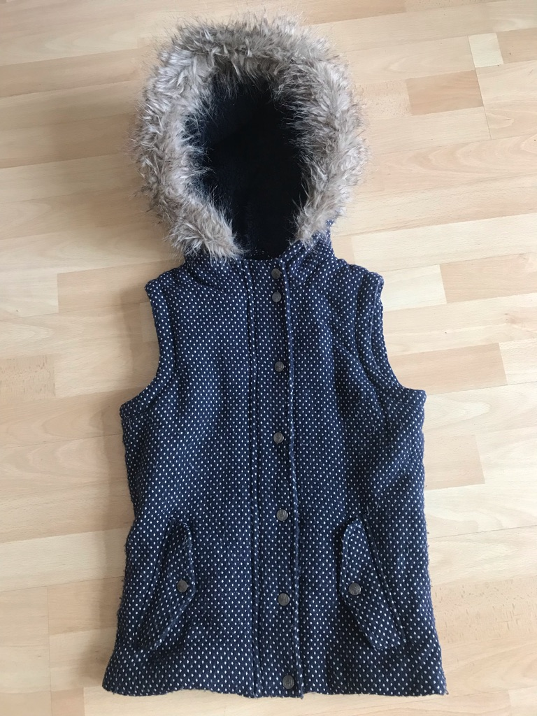 Navy polka-dot H! By Henry Holland gilet/body warmer with faux-fur trim hood