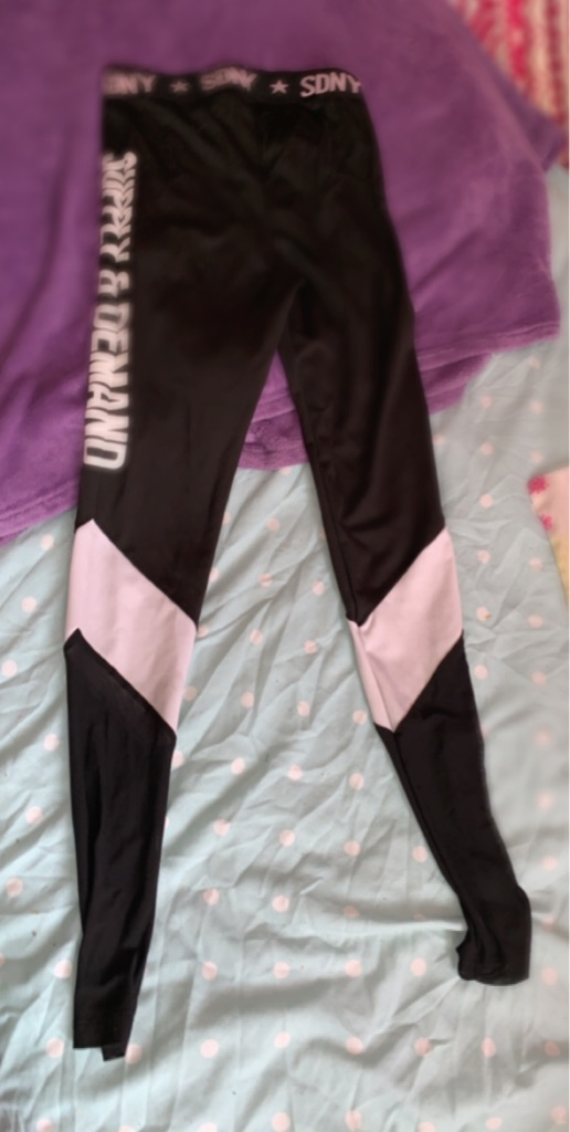 Supply and demand tight leggings