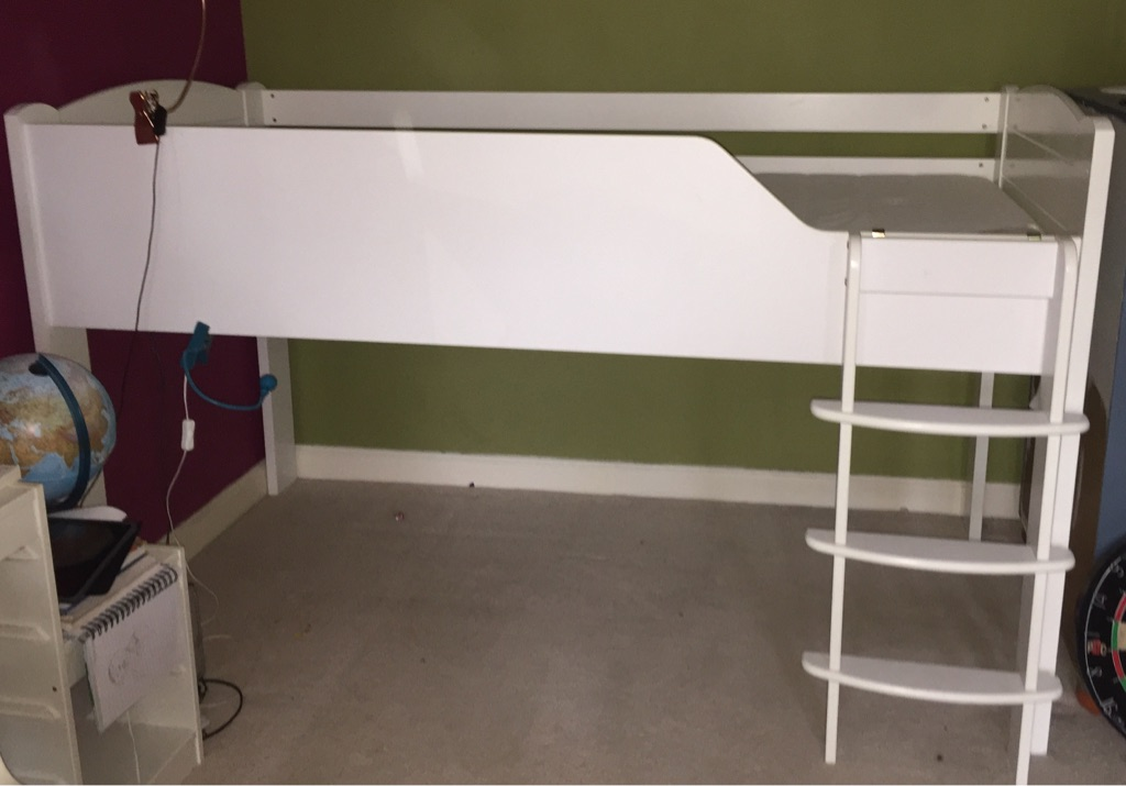 Aspace mid cabin white bed