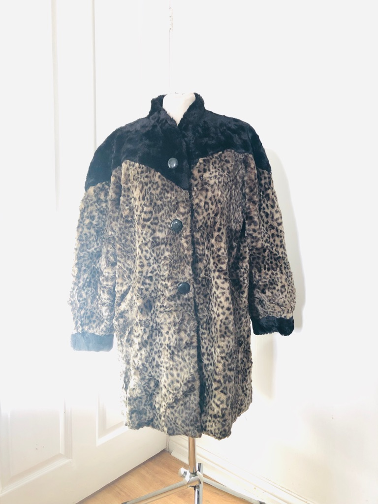 Women's animal print vintage coat size 16