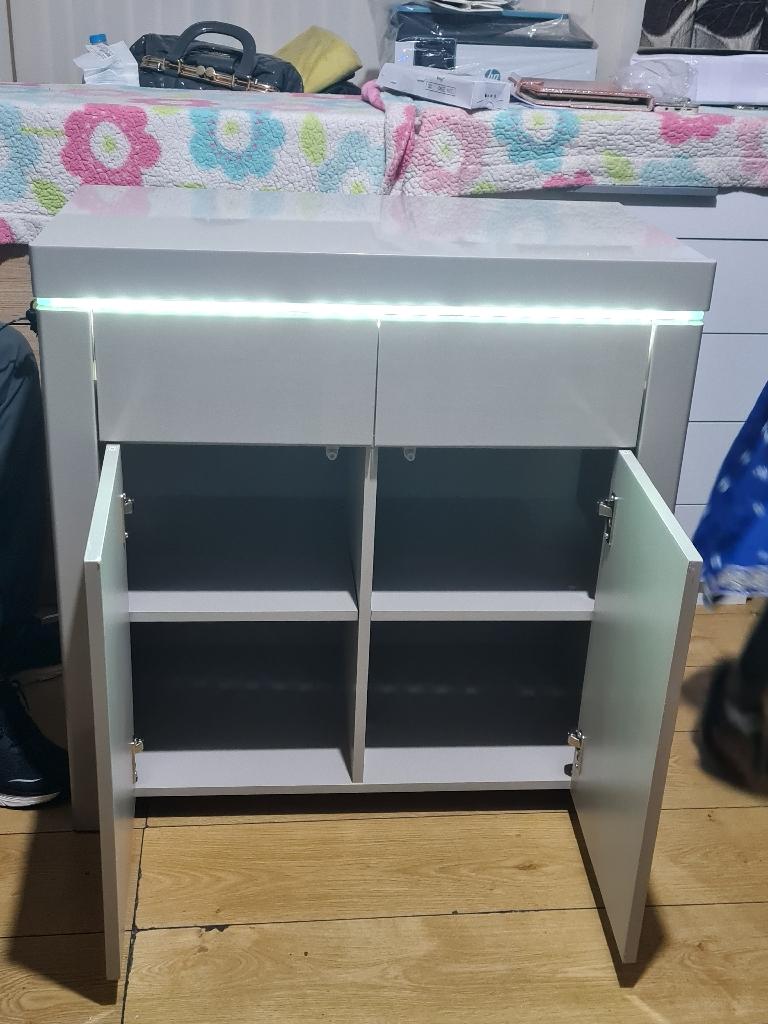 New gray colour unit £165