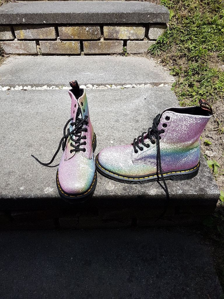 Brand new size 6 dr martins