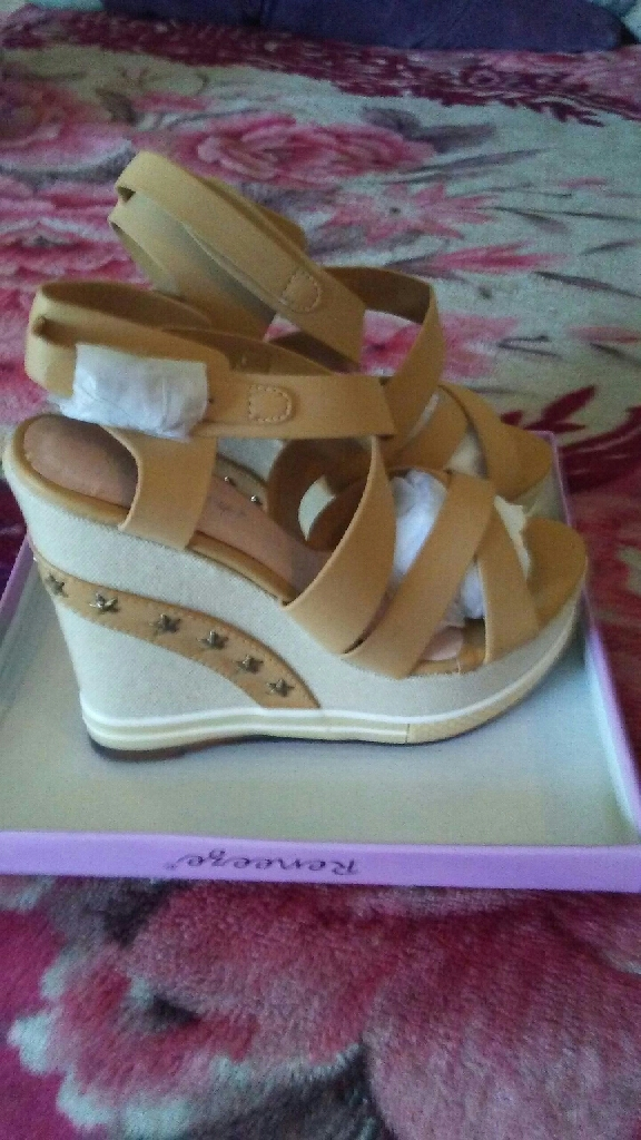 Zapatos wedges