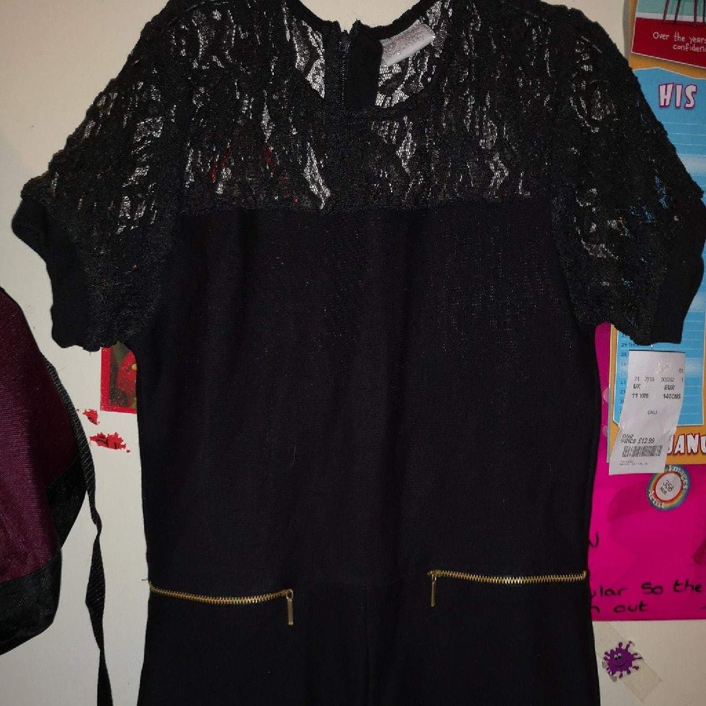 Girls mini moi dress age 11 years new with tags