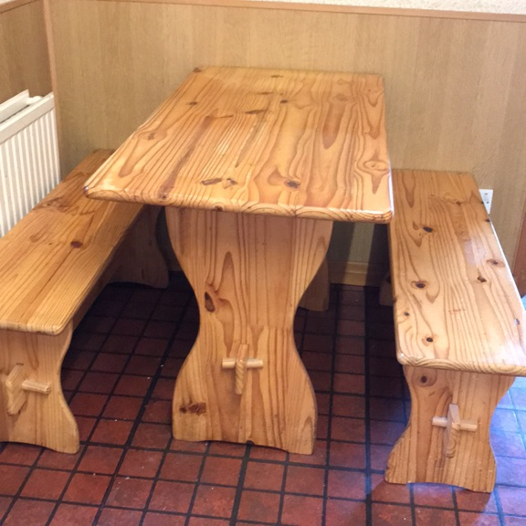 Pine table and 2 benches