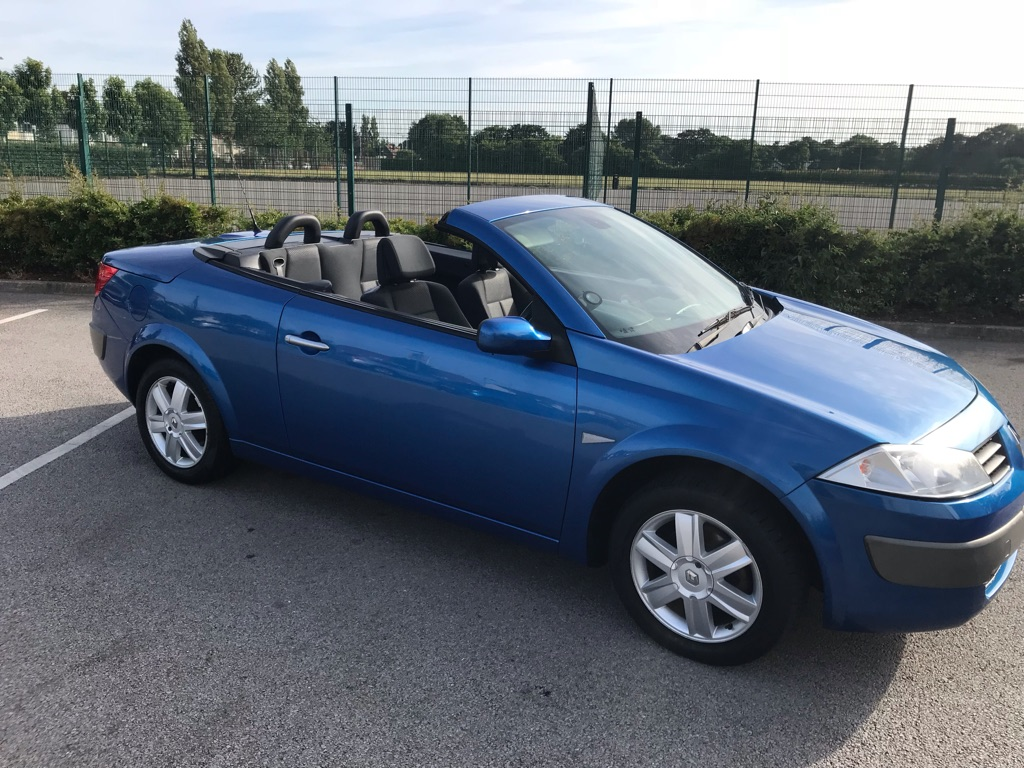 Renault megane convertible 06, great condition £1200