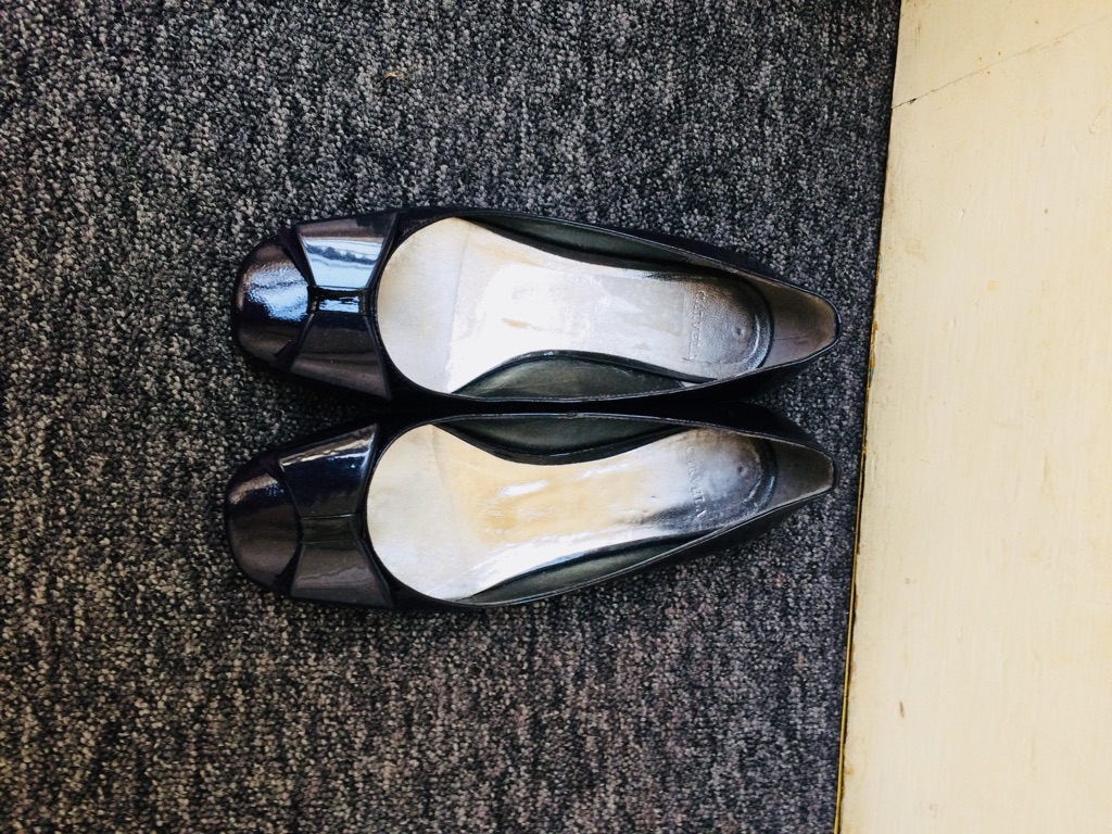 Carvela flat shoes size 4