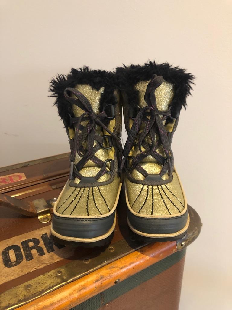 Girls Sorel Snow boots