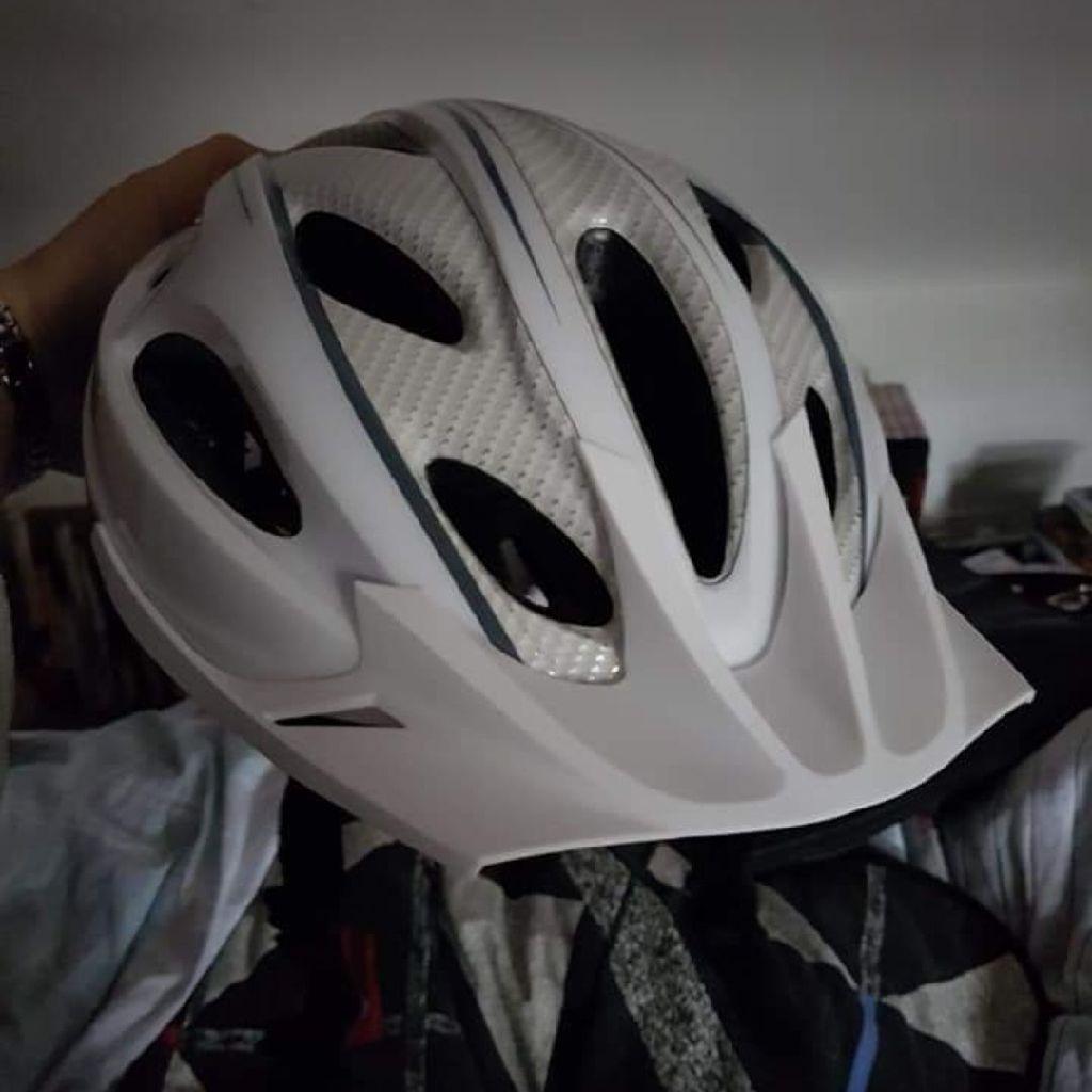 White bicycle helmet