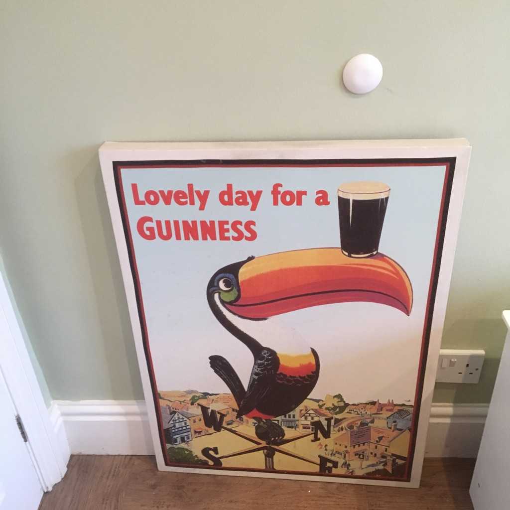 GUINNESS CANVAS - retro ad