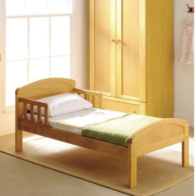 Baby weaver toddler bed