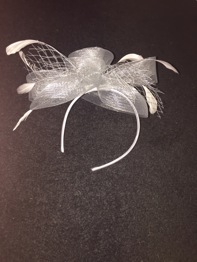 Grey/silver fascinator and bag