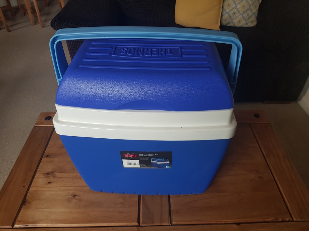 Thermos cool box