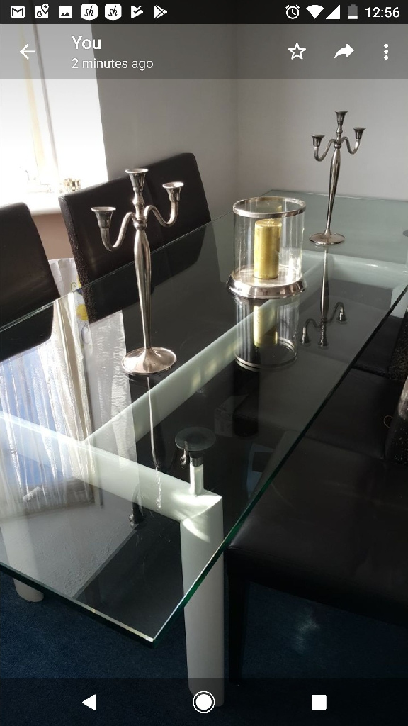 Modern glass dinning table (not chairs)