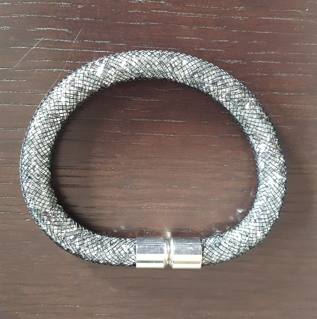 Next magnetic bracelet