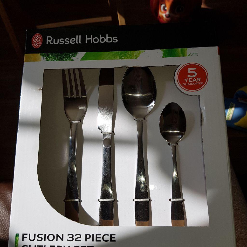 Brand new russell hobbs 32 piece cutlery set