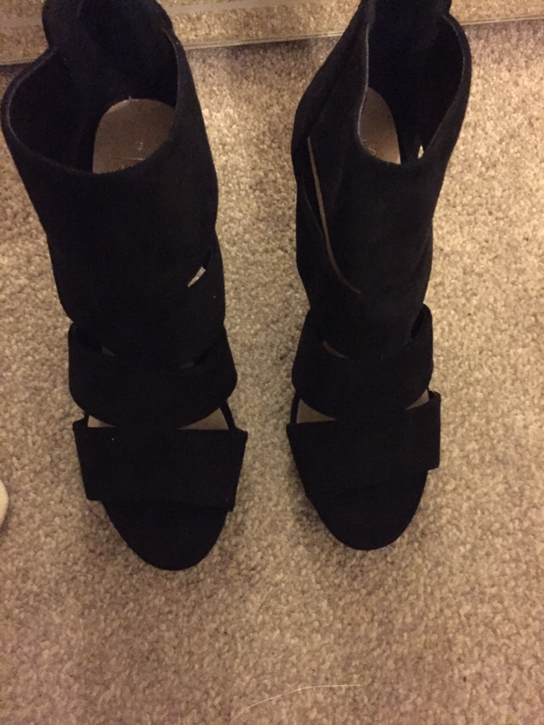 Oasis ladies shoe boot sandals size 6