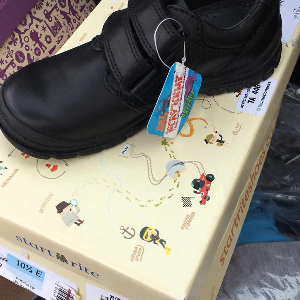 Brand new boys Startright school shoes size 10.5e