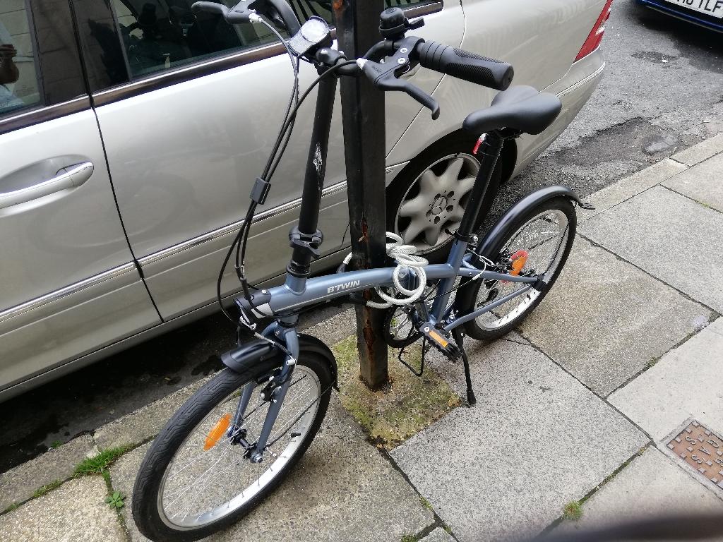 B twin Tilt 120 Folding bike in grey