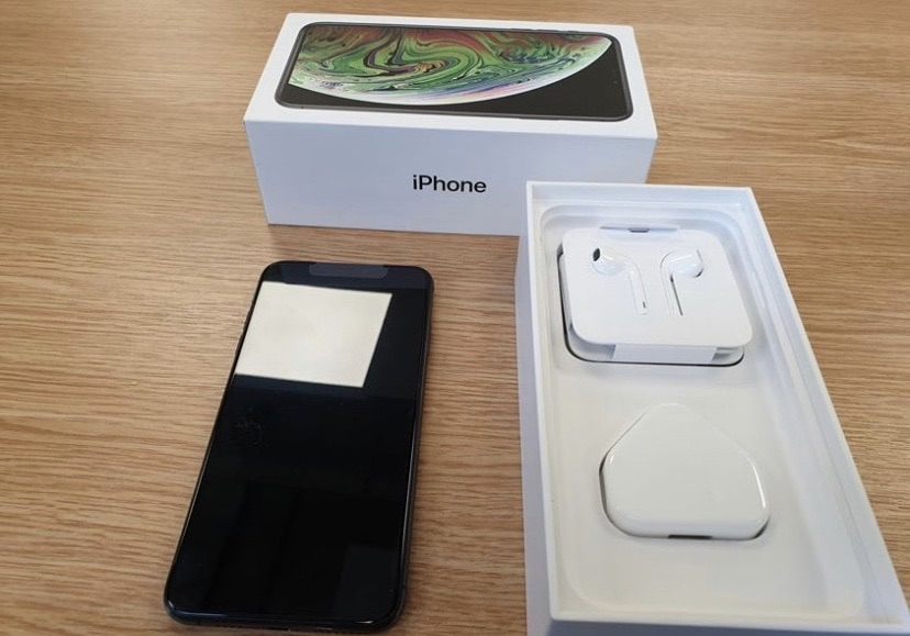 iPhone XS 256gb brand new