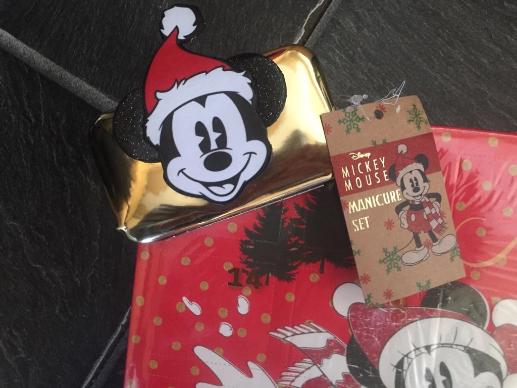 BN Disney Mickey & Minnie Mouse Magical Merry Christmas Eyelash & Manicure Set