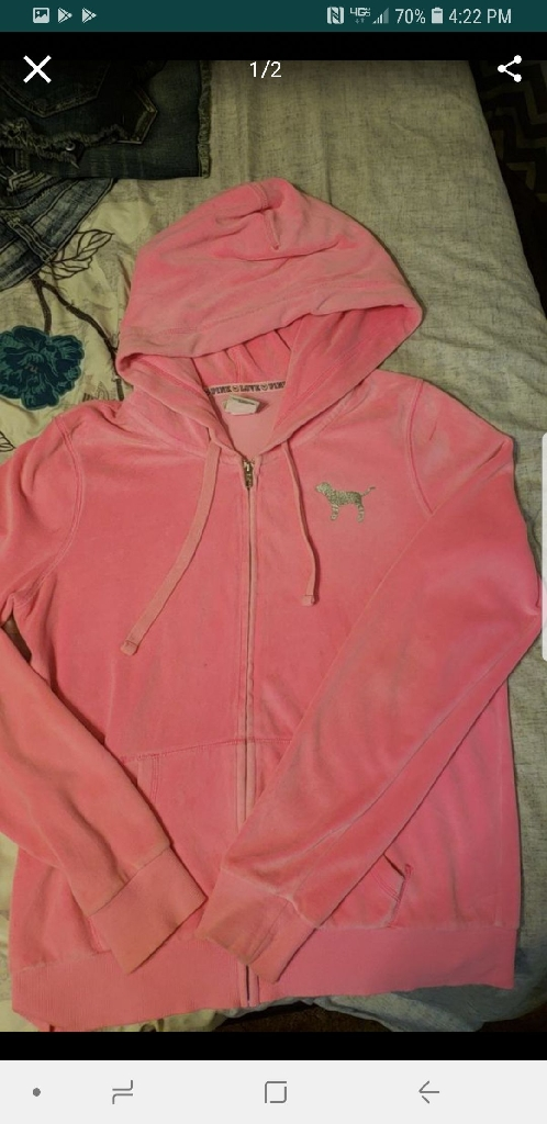 Vs pink size medium