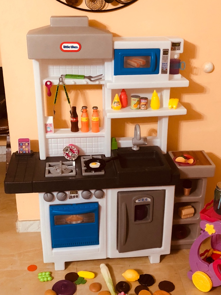 Little tikes kitchen with food and car