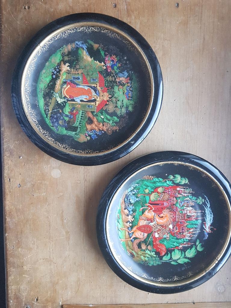Decoration plates